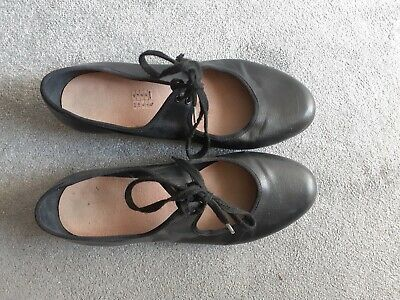£4 • Buy Used Tap Dance Shoes Womens