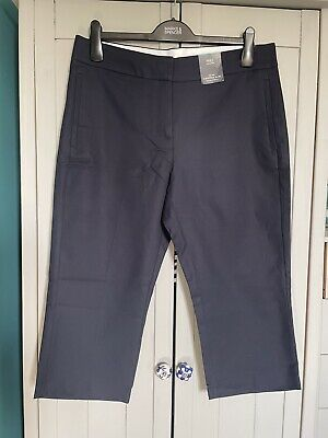 £7 • Buy 💗BNWT M&S Size 14 Short Mid Rise Slim Cropped Navy Trousers With Stretch💗