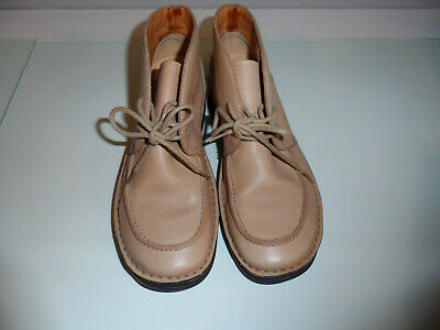 £10 • Buy Clarks Ladies LEATHER Ankle Boots  Size 4 1/2 (37)