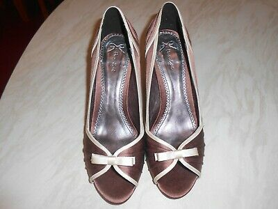 £13 • Buy Phase Eight Taupe And Cream Satin Effect Heeled Shoes Size 5