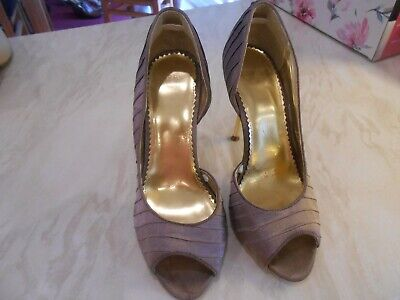 £9 • Buy Jasper Conran Taupe Satin Effect Shoes Size 4