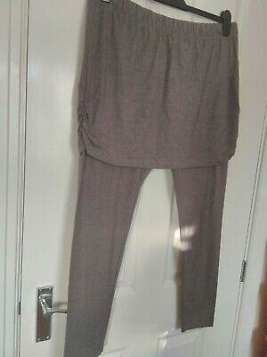 £2.99 • Buy New Grey Leggings With Attached Ruffled Skirt Design Size 18 Hides The Bottom