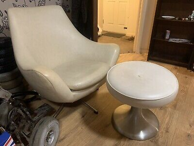 £45 • Buy Vintage Retro Egg Chair With Stool (used With Marks And Left Arm Damaged)