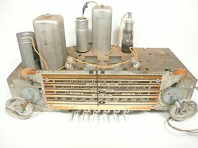 $ CDN89.84 • Buy Vintage * SILVERTONE 6359 BATTERY TUBE RADIO:  Untested CHASSIS With All Tubes