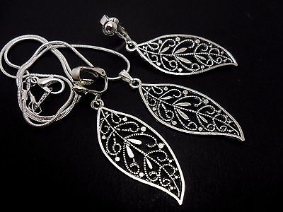 £3.99 • Buy A Tibetan Silver  Leaf Themed Necklace And Clip On Earring Set. New.