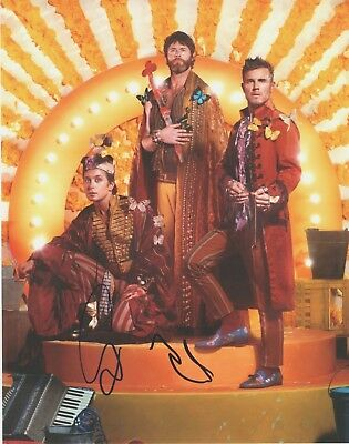Take That Gary Barlow & Howard Signed 11x14 Photo AFTAL OnlineCOA  • 75£