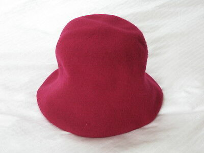 Lady's Hat Soft Felt Fuchsia Red One Size 1920s Look ABOUT ACCESSORIES NEW • 4.95£