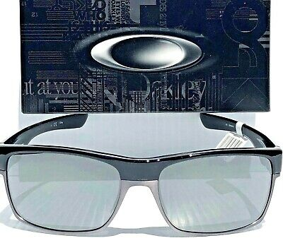 730ae5671a NEW  Oakley TWO FACE BLACK Chrome W Black Iridium POLARIZED Sunglass 9189-01  •