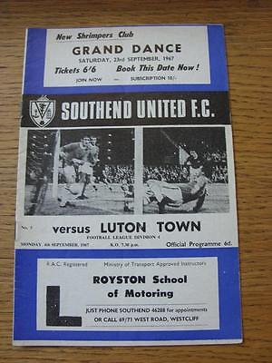 04/09/1967 Southend United V Luton Town  (Creased) • 2.99£