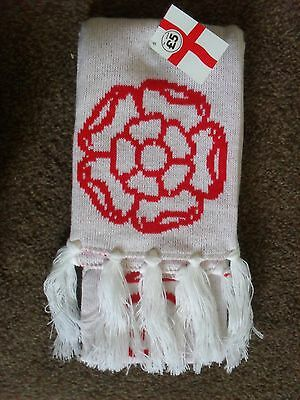 Red & White England Football Scarf With Tassles - Brand New With Tags • 1.49£