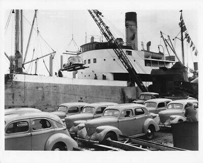 1939 Willys Overland Cars On Ship Press Photo 0001 • 8.67$
