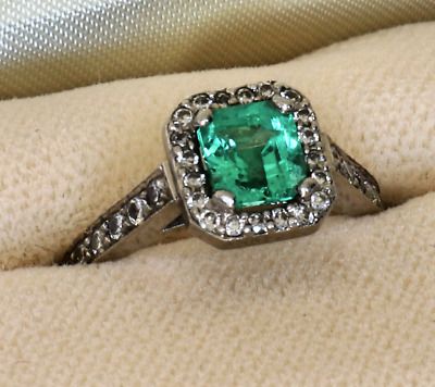 Platinum Ring, Colombian Emerald, Pave • 1,095£
