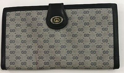 $249 • Buy Vintage Excellent Large Gucci Italy Designer Womens Blue Signature GG Wallet