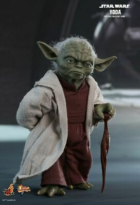 AU399.99 • Buy Star Wars - Yoda Episode II Attack Of The Clones 1:6 Scale Action Figure-HOTM...