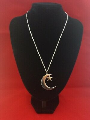 CRESCENT MOON With STAR Pendant Hung On A 925 Sterling Silver Necklace Chain • 4.84£