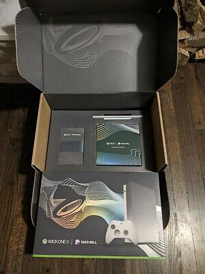 Xbox One X Platinum Limited Edition Bundle - 2018 NOT ECLIPSE - New/Sealed • 474.99$
