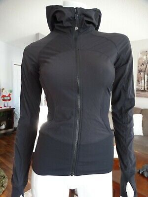$ CDN99 • Buy LULULEMON In Flux Jacket 4 Reversible
