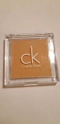 CALVIN KLEIN NATURAL PURITY LONG WEAR PRESSED POWDER FOUNDATION -Camel  • 9.99£