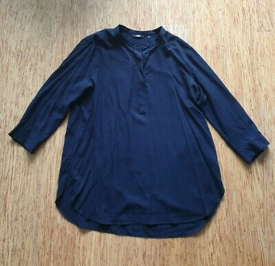 AU9.99 • Buy Uniqlo Shirt