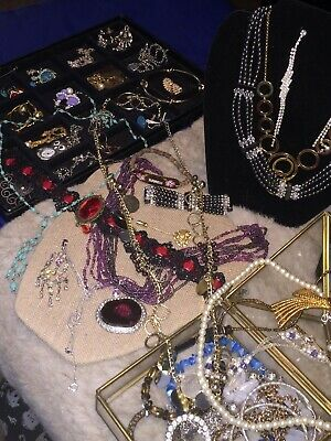 $ CDN45.24 • Buy Large Lot Of 75+ Pieces Of Estate Costume Jewelry Necklaces, Earrings - 4.0 Lbs.