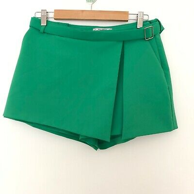 AU18 • Buy Pull And Bear EUR Size L Shorts Green