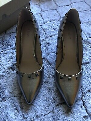 Next Pewter Narrow Heeled High Court Shoe With Stud-detail Edging Size 6 • 5£