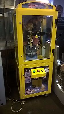 Coin Operated Game Of Skill Blast Off Arcade Machine. TAKES NEW £1 COIN • 500£