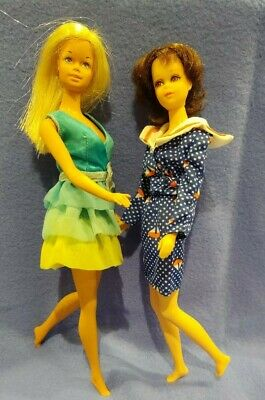 $ CDN13.22 • Buy Vintage Malibu Barbie, Tnt Francie, +clothing Lot! Check These Girls Out!