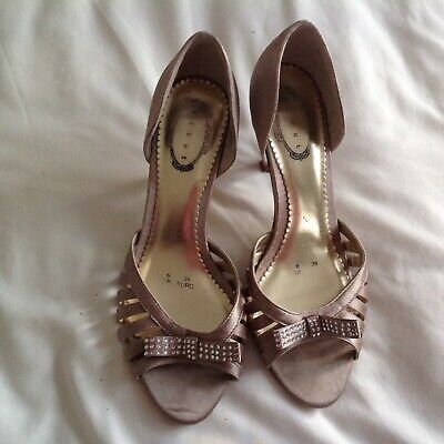DEBUT Satin Shoes 6 39 Taupe With Diamante Bows • 9£