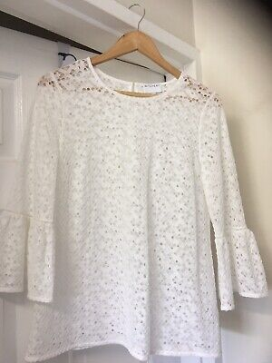 AU16 • Buy ~ Witchery~ Cream Lace Bell Sleeved Top Ladies Size Large (14)