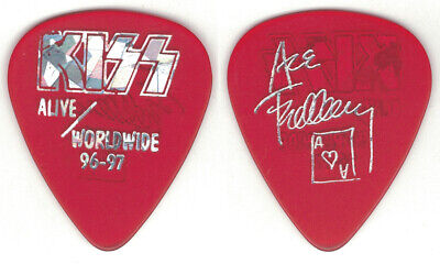 Kiss-ace Frehley 1996 Reunion Alive Worldwide Guitar Pick-rare! Red/silver! • 16.31£