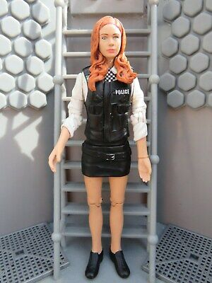 Doctor Who Figure ** Amy Pond Police Woman  * 5  Figure ( Complete Figure ) • 9.99£