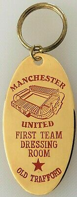 Manchester United  First Team Dressing Room  Key Ring - Gold Plated • 4.90£