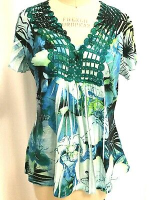 $6.99 • Buy One World Live And Let Live Printed Embellished Blues Size Large SS 010120