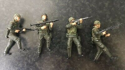 Dragon 1/35 #3021 German Paratroopers • 15.99£