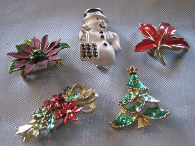 $ CDN18 • Buy 5 CHRISTMAS BROOCHES Vintage Snowman Tree Poinsetta Bouquet & Holly Jewelry Lot