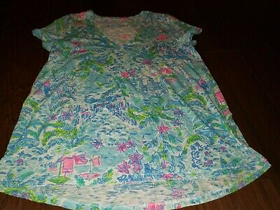 $38 • Buy Lilly Pulitzer Etta V-Neck Top In Multi What A Lovely Place Size Medium