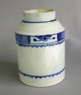 Pearlware Tea Cannister, Underglaze Blue Painted.  C 1790. • 40£