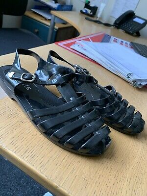 £5 • Buy Millie Jellie Shoes Black With Silver Buckle Size 5