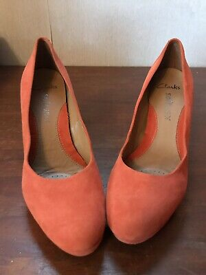 Clarks Softwear Womans Orange Suede Wedding Court Shoes Size 4 High Heel Shoes • 18£