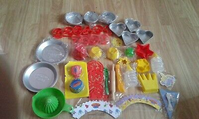 Peppa Pig  Make And Bake Baking Cake  Moulds Cutters  Lot • 15£