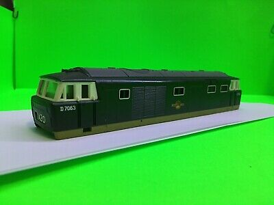£22.50 • Buy Hornby Triang GB UK Made Class 35 D7063 Br Green Body Only OO Loco Train Spares