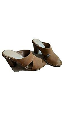 Ugg Tan Brown Suede Leather Shoes Clogs UK 7.5 EU 40 Excellent • 13£