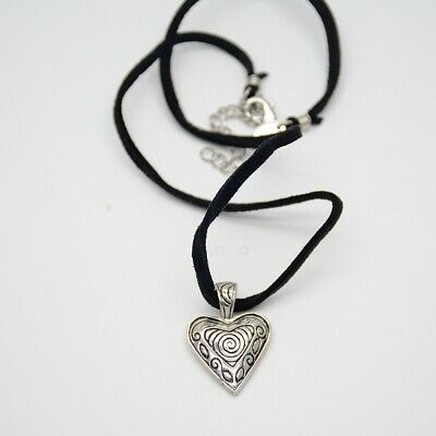 $ CDN8.03 • Buy Lia Sophia Jewelry Antique Silver Plated Heart Pendant Leather Chain Necklace