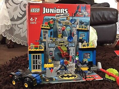 Lego Juniors Batman Cave • 2.80£