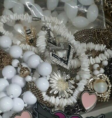$ CDN6.65 • Buy 💕 VINTAGE OLD CUSTOM JEWELRY LOT, BROOCHES, EARRINGS,NECKLACES & MORE!!💕 Lot#9