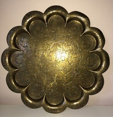 Antique Vintage Indian Hindu Scalloped God Figure Tray Plate Hand Carved Brass • 45£