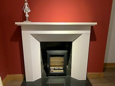 LIMESTONE FIREPLACE WITH HEARTH INCLUDED (H-1098mm, W-1200mm, D-400mm) • 600£