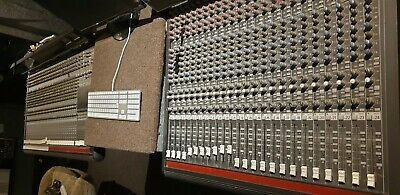 Mackie 8 Bus 32 Mixing Console + 24 Sidecar And Stands • 699£