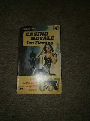 Casino Royale Ian Fleming  • 2£